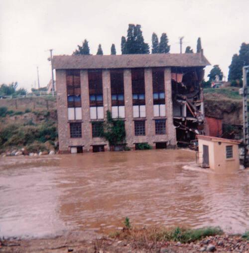 Photos de juin 1992 : la passerelle sur le Dadou
