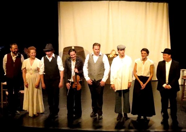"""""""Au cabaret du lapin agile"""", un joyeux et émouvant spectacle a ravi le public au théâtre Gaston Bernard de Châtillon sur Seine."""