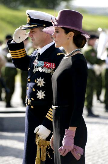 Mary, Frederik et le soldat inconnu
