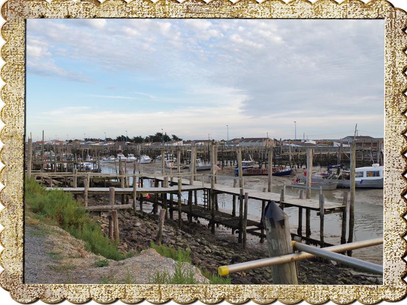 85230 Beauvoir sur mer Port du Bec  (vacances 2015)