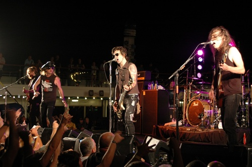 Kiss Kruise 2011-Skid Row