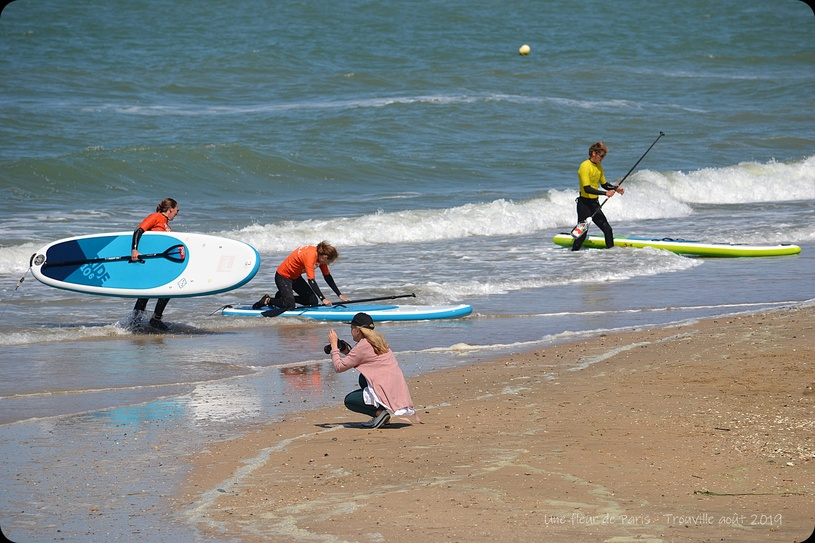 Trouville : NORTH SHORE SURF SCHOOL