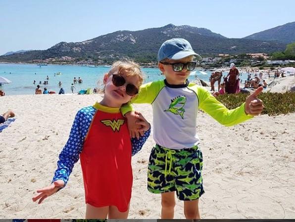 Jacques et Gabriella à la plage