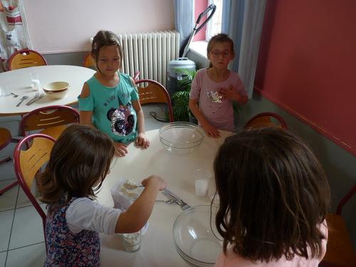 Confection du pain par les CE1/CE2