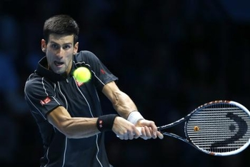 Djokovic déroule