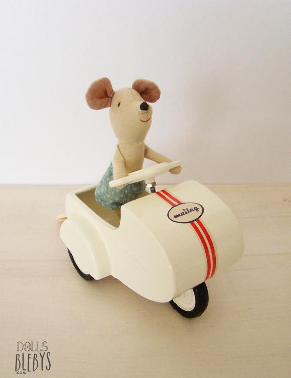 """Résultat de recherche d'images pour """"gif souris et valises"""""""