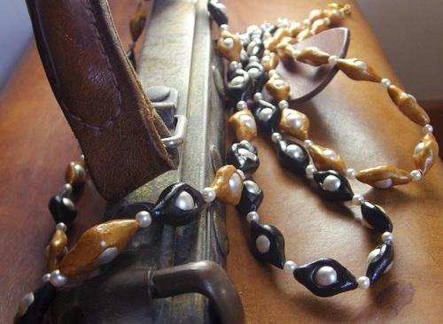 Collier en pâte fimo et perles de culture fantaisi