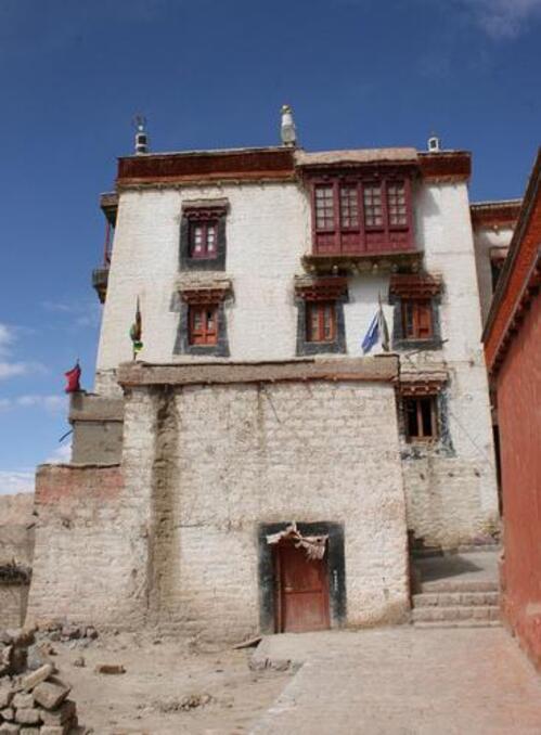 le petit monastère de Phiang