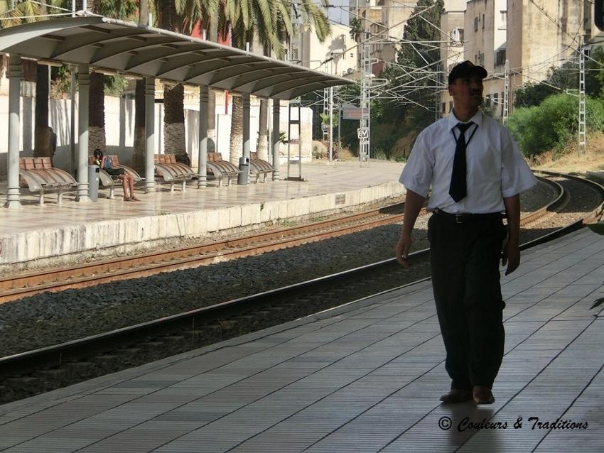 De Meknes à Fes par le train