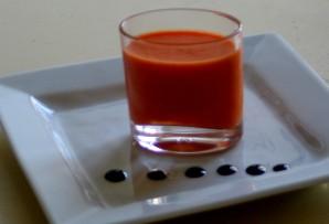gaspacho de poivrons et tomate, réduction de balsamique 20