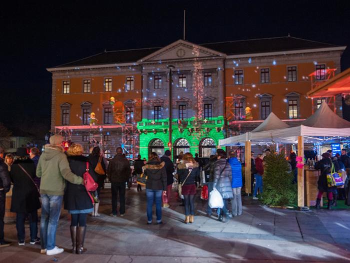 Sons et lumières à l'hôtel de ville d'Annecy 2016
