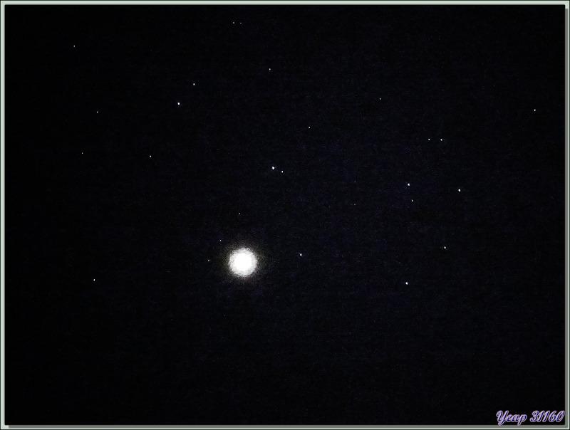 Vénus et ses étoiles, le 3 avril 2019 à 20 h 58 : occasion perdue car j'ai manqué de une ou deux minutes le passage de l'ISS ! - Vue de Lartigau - Milhas - 31