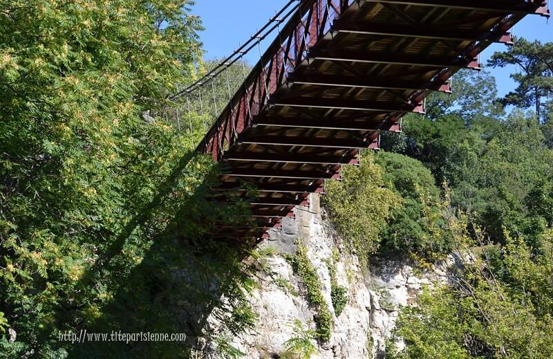 Parc des Buttes Chaumont : L'Île du Belvédère et le Temple de la Sibylle
