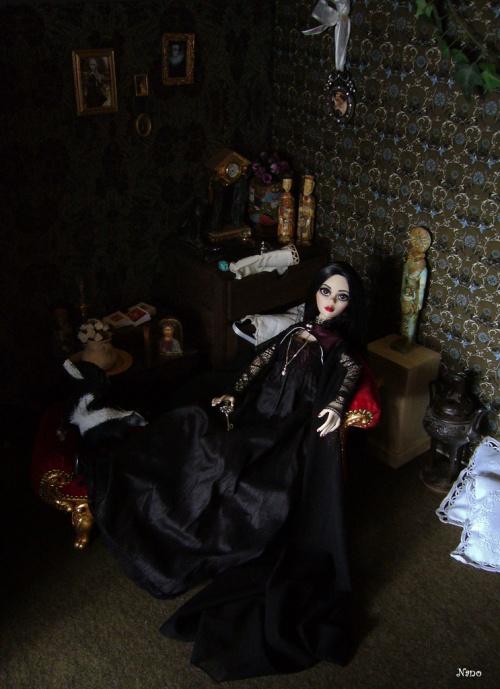 Elegy dans son boudoir