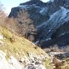 Descente du ruisseau vers la falaise de Caillavérisse