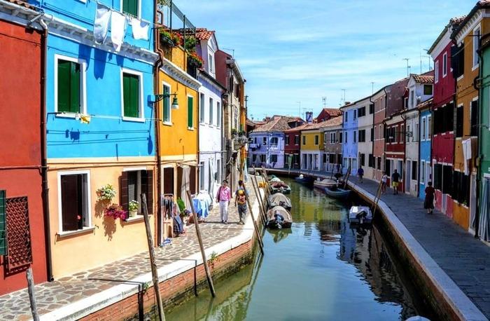 Des Photographes Du Monde Entier Nous Offrent Leurs Plus Beaux Clichés Des Villes Colorées Dans Le Monde...  Par : Denis Gentile   Du Magazine Positivr