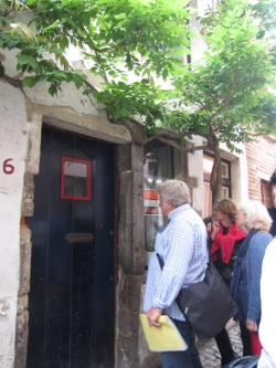 VISITE DES QUAIS DE BRUXELLES, PRES DE LA PLACE STE CATHERINE
