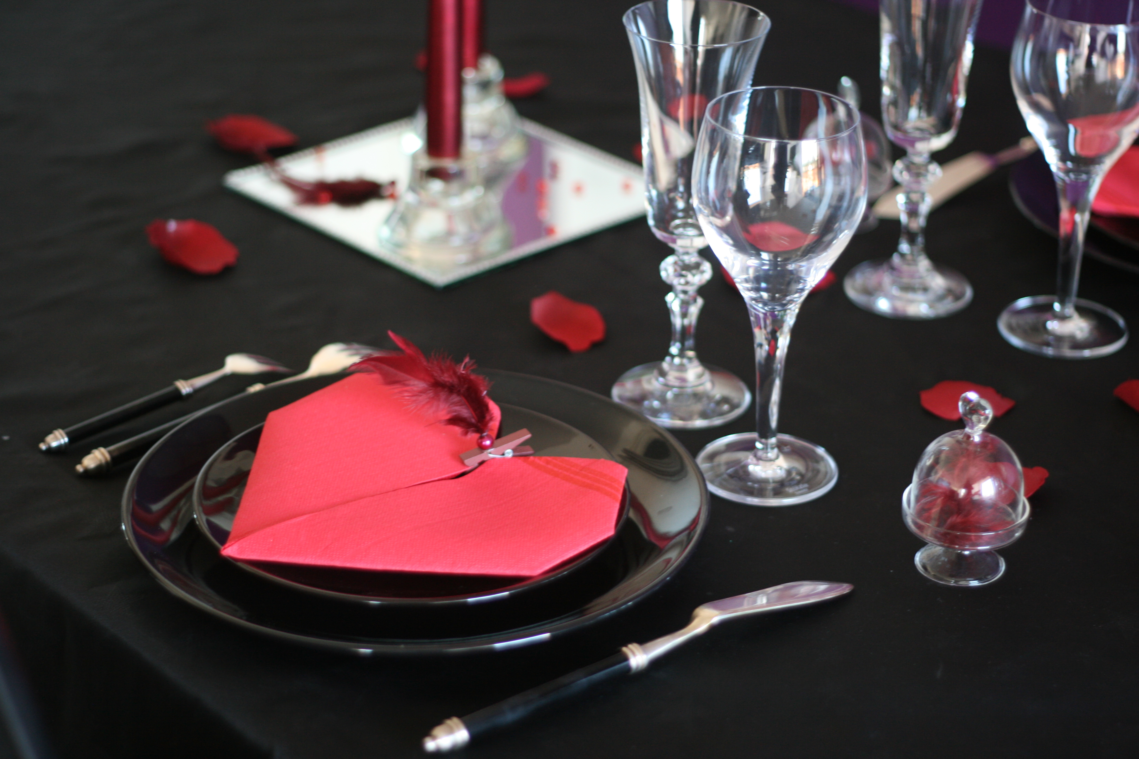 Table Saint Valentin dedans la saint valentin : 5 versions - tables festives