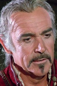 Sean Connery Filmographie : Sean Connery est un acteur britannique, né le 25 août 1930 à Édimbourg (Écosse). Très célèbre dans le monde pour avoir joué le rôle de James Bond. Il a remporté de nombreux prix, dont un Oscar pour son rôle dans Les Incorruptibles en 1987, un BAFTA pour son interprétation du moine Guillaume de Baskerville dans Le Nom de la rose ainsi que deux Golden Globes. ...