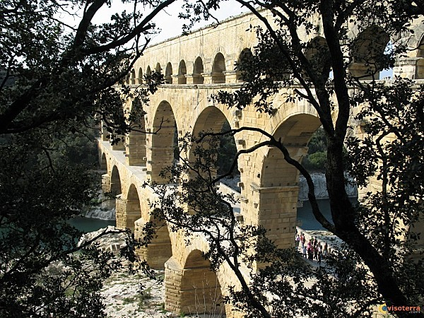 Visoterra-pont-du-gard-1-4523.jpg