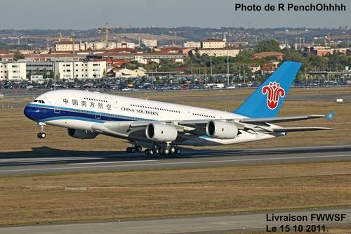 Livraison de L'Airbus A 380 Air China FWWSF,Le 15 10 2011.
