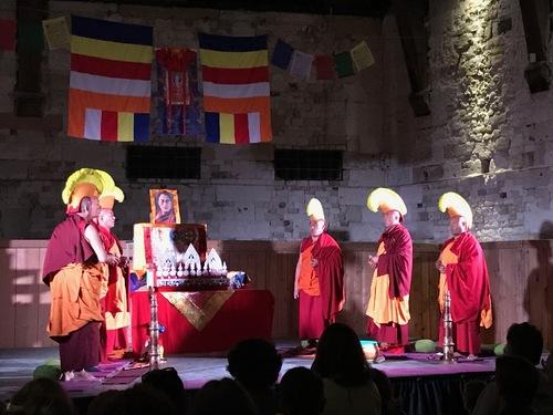 moines tibétains
