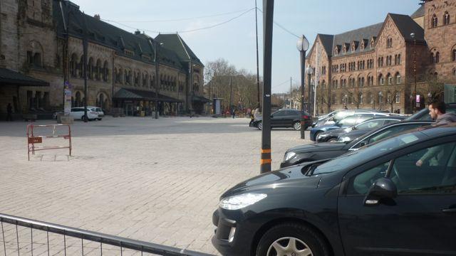 Mettis en faillite, la place de la Gare devient un parking