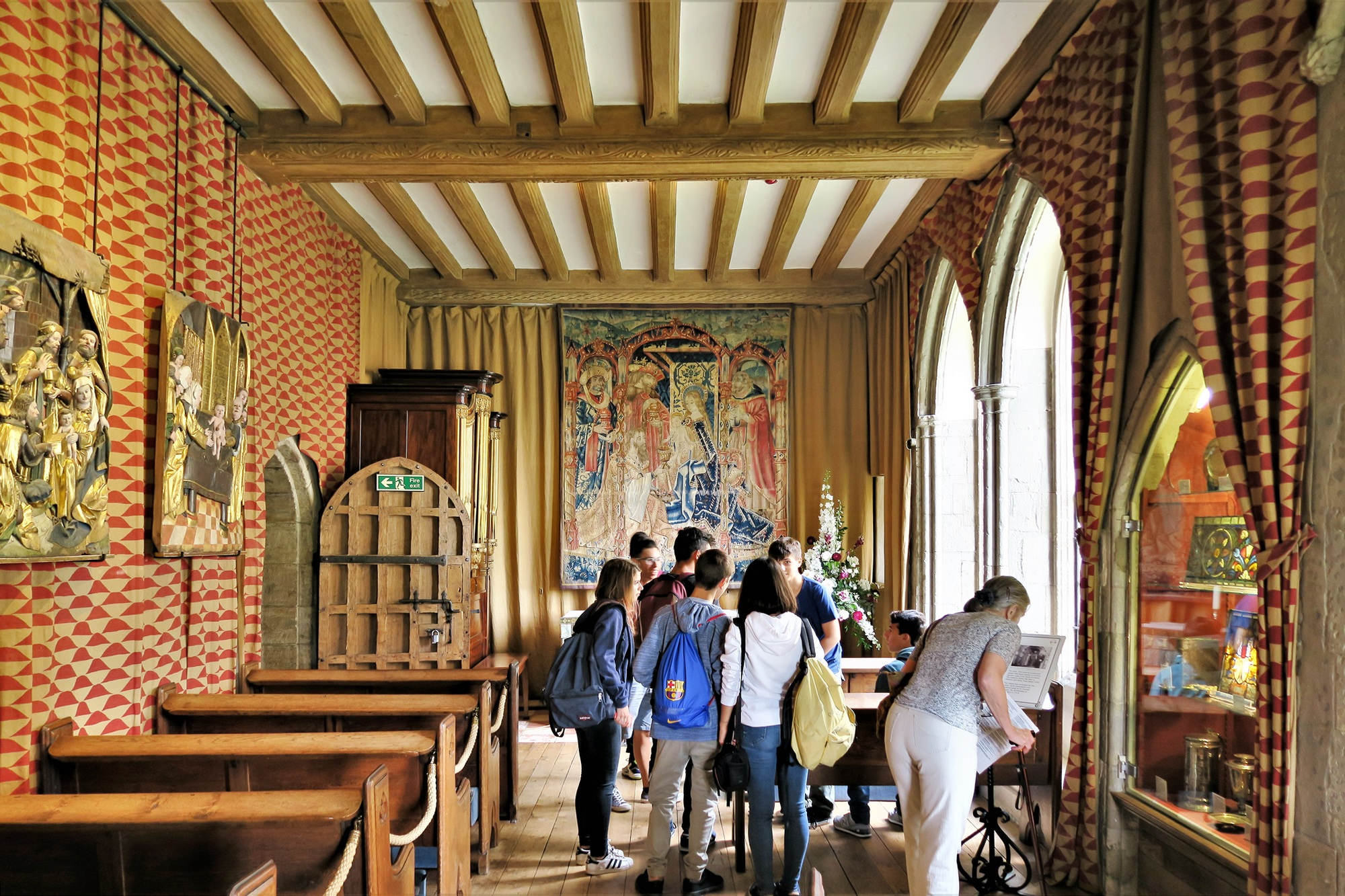 La Chapelle (1293). Créée par Edouard 1er la messe y était dite tous les jours pour le repos de l'âme de sa première épouse Aliénor de Castille