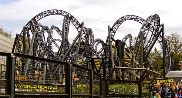 The Smiler, Alton Towers, Angleterre