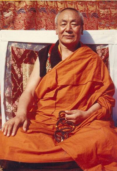 0-bouddhisme Guendune Rinpoché Si...