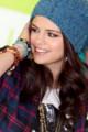 Selena au photocall de NEO Adidas