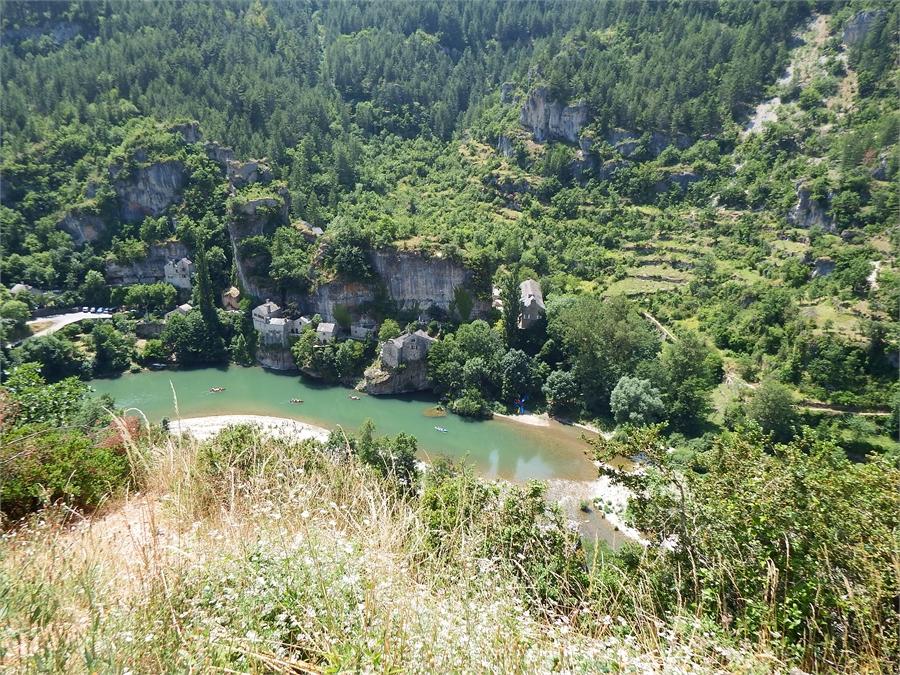 Le village de Saint Eminie dept 48