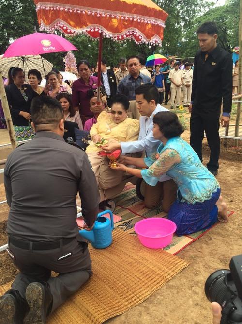 Thaïlande - Isan : À Ban Pangkhan, le jour où...