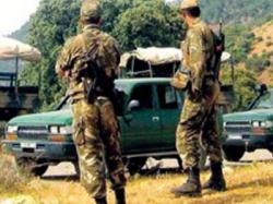 - انقلاب شاحنة عسكرية يتسبب في وفاة مقاوم وجرح 14 جنديا بالميلية