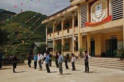 Mission EEFF -1 Un collège sur un nid d'aigle