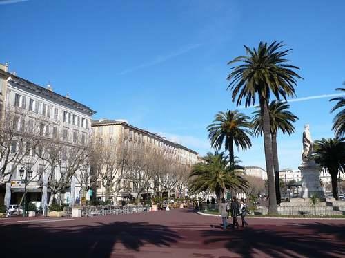 Bastia : ville haute, ville basse