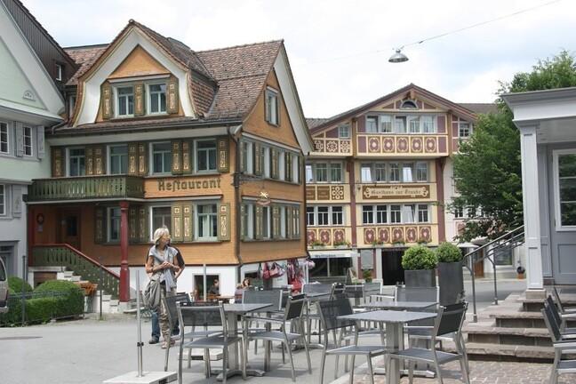 Appenzell--98--border.jpg