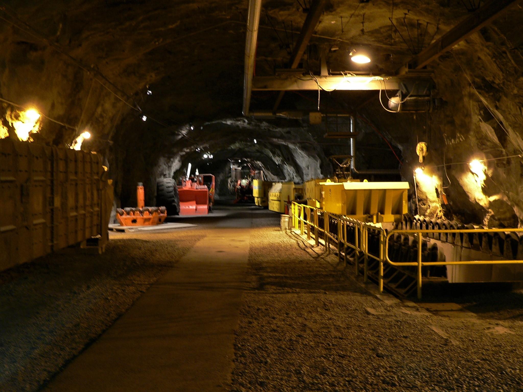 2010 : dans la mine, à 100m de profondeur
