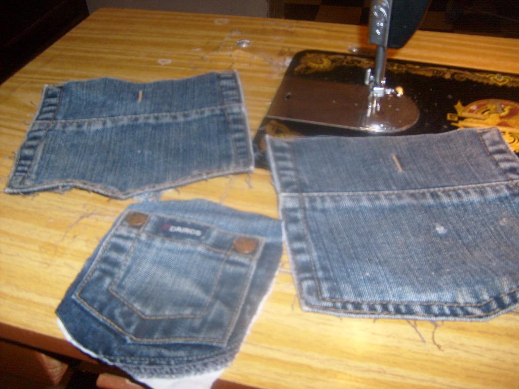 un vieux jeans recycler en range tout cuisine et sale de bain recyclage et. Black Bedroom Furniture Sets. Home Design Ideas