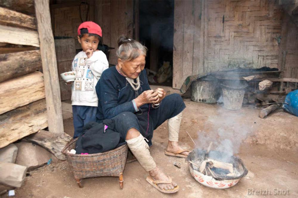 enfant lanten, femme Laos