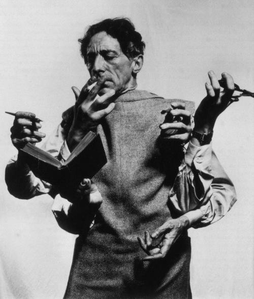 Né le 5 Juillet 1889, Jean Cocteau ,Homme de Théatre et de cinéma, poete,  Cancer ascendant Taureau