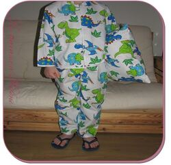 Le pyjama dino et son oreiller
