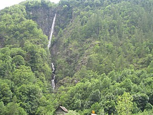 isola cascade de Louch[1024x768]