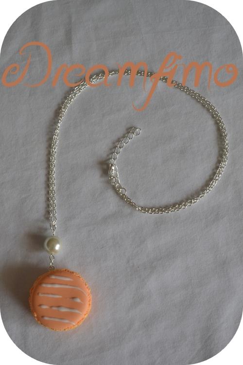 Macaron orange