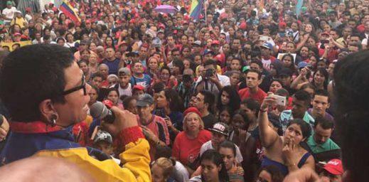 Érika-Farías-oficializa-su-candidatura-a-la-alcaldía-del-municipio-Libertador-678x334