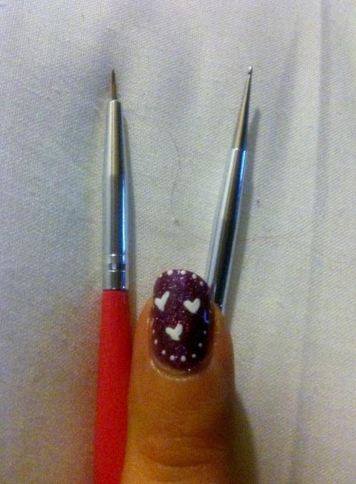 Quand je découvre la peinture sur ongles