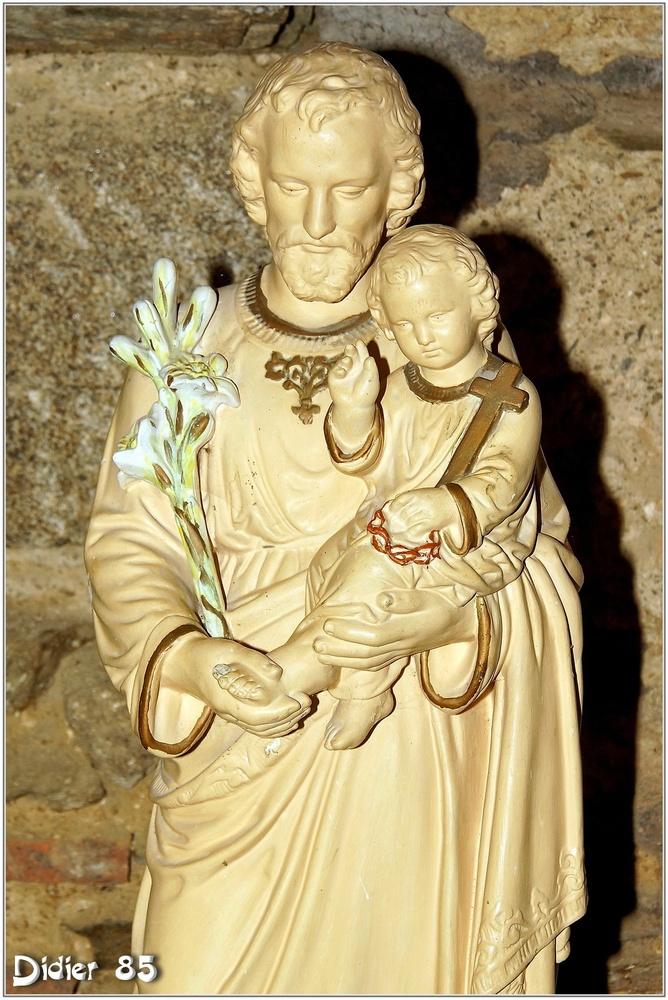 (85) Vendée - Les Herbiers (3) - Abbaye Notre-Dame de la Grainetière 2