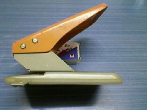 Des cartes pour les ceintures de conjugaison.