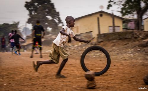 11- Les pneus et les enfants