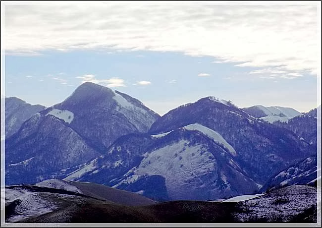 Ailleurs... les montagnes d'ici